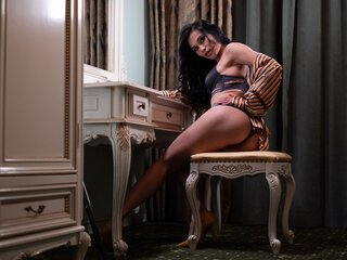 Show private livejasmin MazeBanks