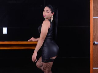 Cam camshow shows TaniaCole